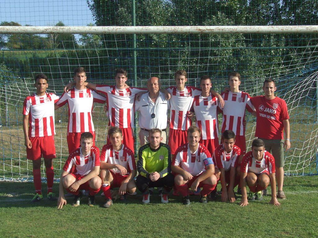 cf416595ed A Soproni FAC U 19-es csapata 3 győzelem, 2 döntetlen 7 vereség mellett 9.  helyen áll az első osztályú megyei korosztályos bajnokságban.